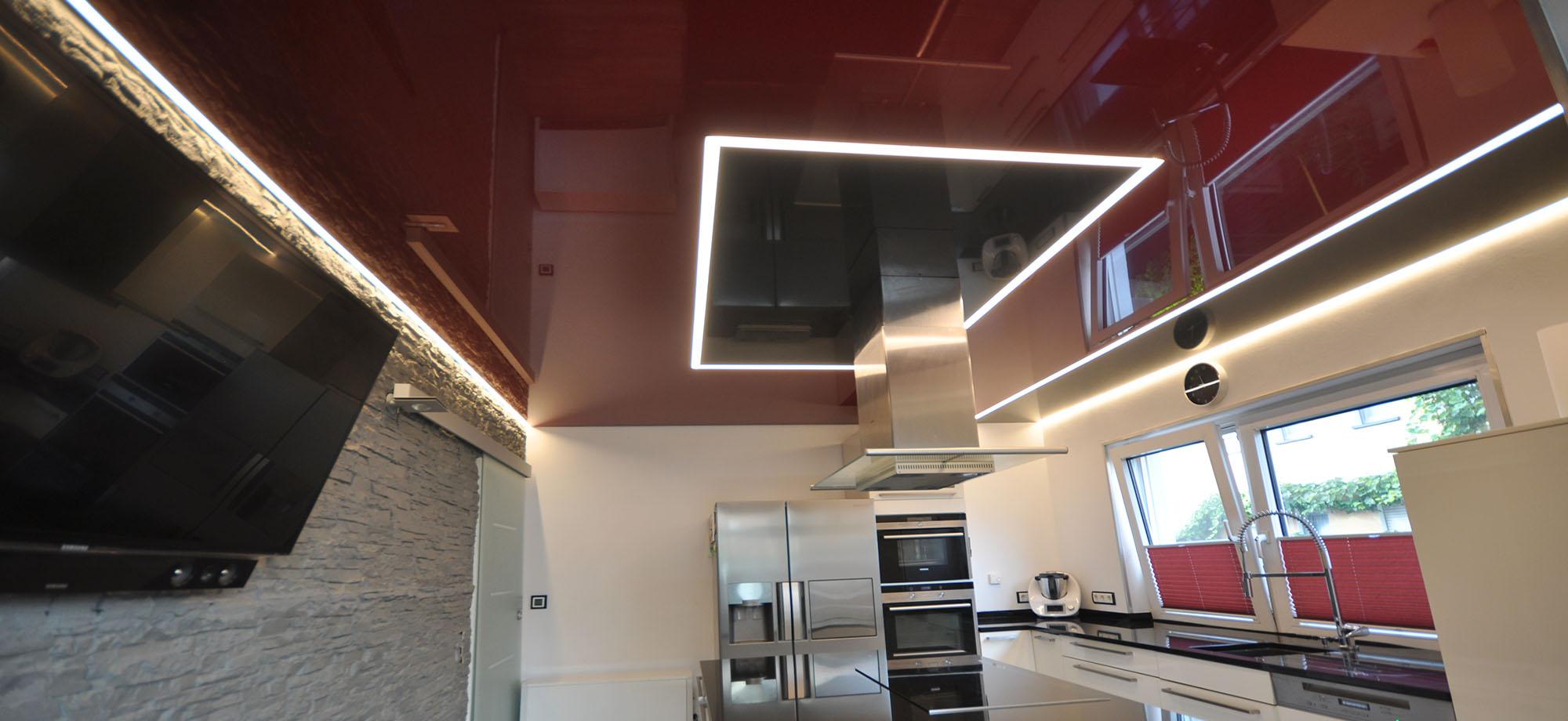 Lackspanndecken und Lichtdecken für Ihre Küche: CBSpanndecken