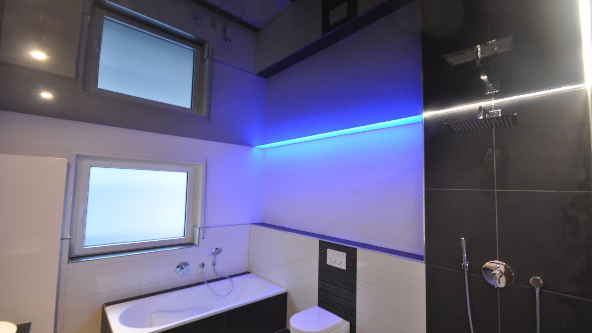 Spanndecken Und Lichtdecken Im Badezimmer Cbspanndecken